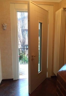 Portoncino d 39 ingresso blindato con vetro a calcinatello - Porte ingresso vetro ...